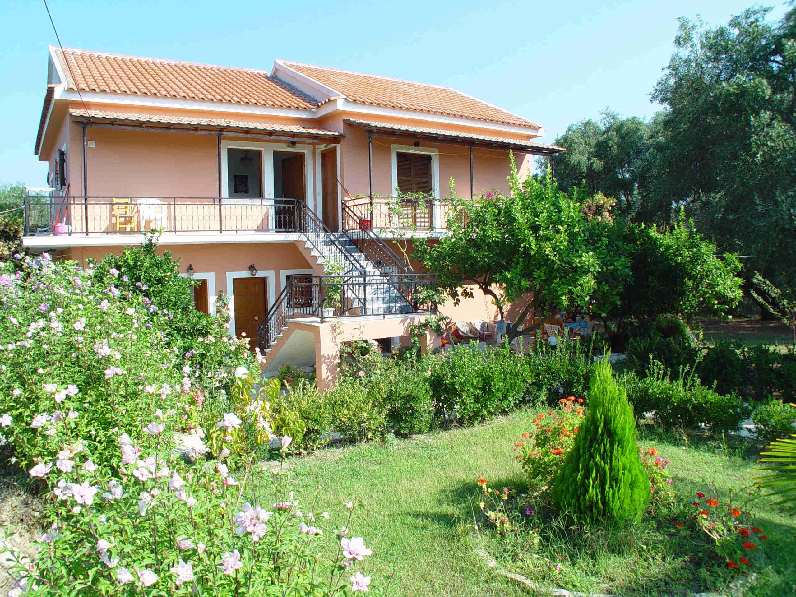 Appartamenti vacanze in grecia a corf for Appartamenti vacanze grecia