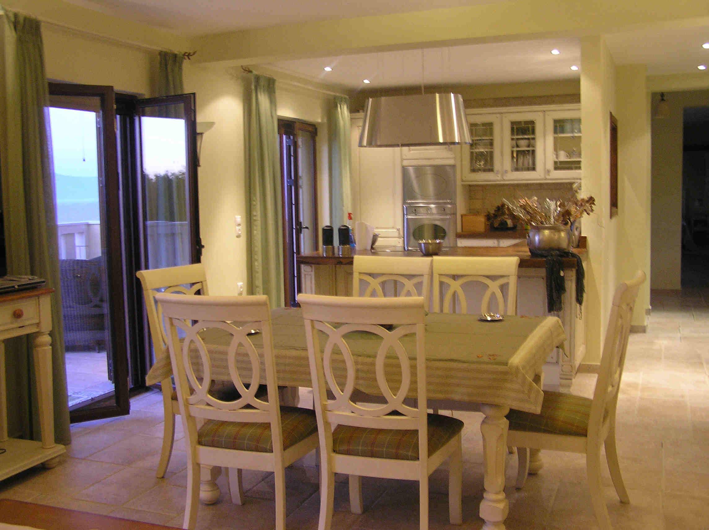 Appartamenti a paxos villa ionia for Villa arredamenti